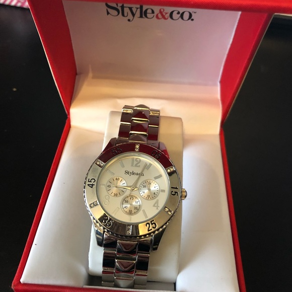 Style & Co Accessories - NIB style&Co ladies watch in silver w/crystals